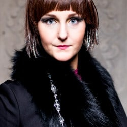 Kim Nolte Stylist: Regina Paulus Visagist: Pia Gerdes Costume Designer: Wolff 1782